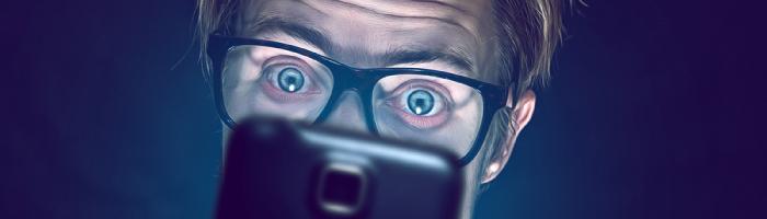 social-media-addict-cover